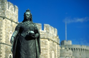 Golden Jubilee - Queen Victoria Statue outside Windsor Castle